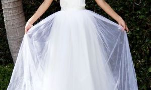 22 Lovely Wedding Changing Dresses