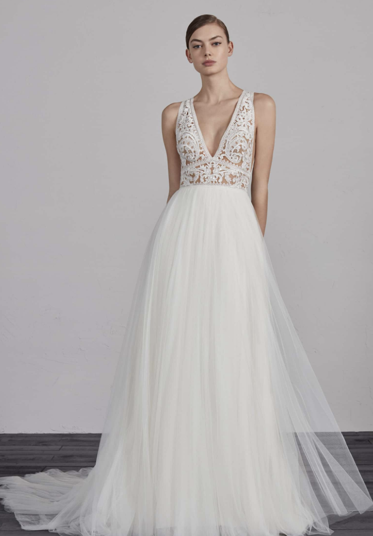 Wedding Dress Style for Short Brides Inspirational the Best Wedding Dress Style for Short Girls