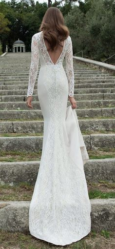 623dcce2cd5c78a6970a31dbd7f winter wedding dresses winter weddings