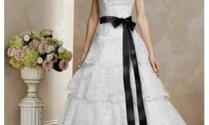 21 New Wedding Dress with Black Sash