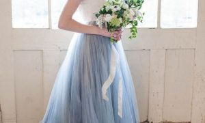 21 Unique Wedding Dress with Blue Accents