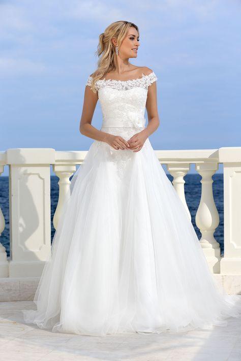 d40dc f14cd39c52e49e e bridal wedding dresses wedding hair