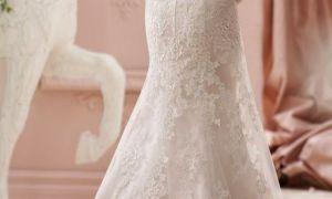 20 Luxury Wedding Dresses Around the World