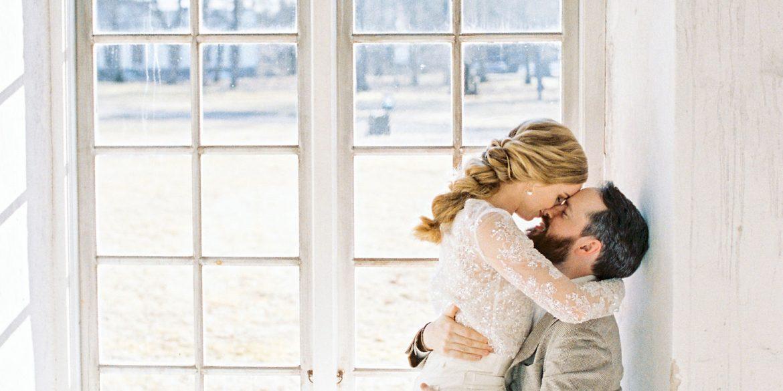 2Brides graphy Modern Minimal Neutral Wedding Brunch 02 1170x585