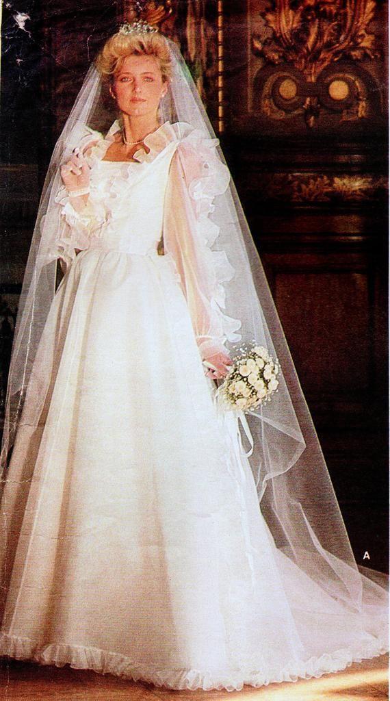 Wedding Dresses Cincinnati Ohio Elegant Vintage Vogue 1501 Bellville Sassoon Misses Bridal Gown and