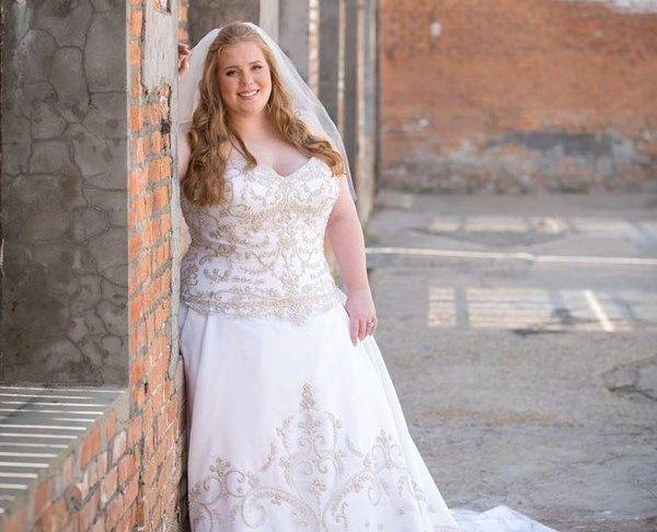 Wedding Dresses for Curvy Brides Awesome 21 Curvy Brides who Nailed their Wedding Dress