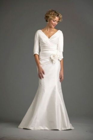 Wedding Dresses for Over 50 Elegant Wedding Gowns for Over 50 Years Old