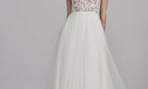 26 Fresh Wedding Dresses for Petite Women