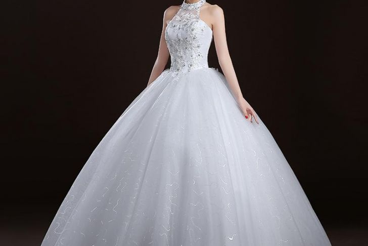 Wedding Dresses Halter top Unique Halter Neck Ball Gown Wedding Dress with Lace Appliques 2017 New Tulle Wedding Gowns Lace Up Bridal Gowns Line Bridal Party Dresses From