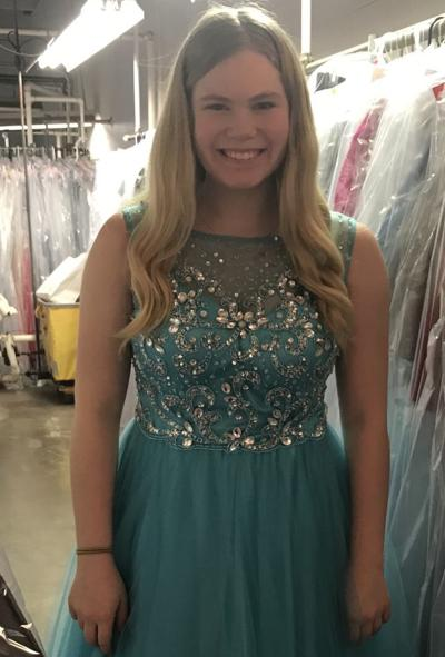 Wedding Dresses Lincoln Ne Inspirational Lincoln southeast Freshman Hits the Runway for A Cure to