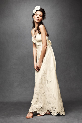 wedding gowns under 1000 luxury ready to swoon