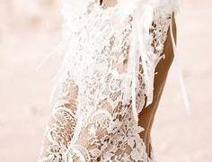 22 Beautiful Wedding Dresses Under $200