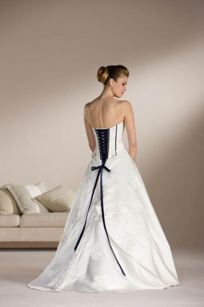 black and white wedding gowns lovely weddings and dresses s media cache ak0 pinimg originals 96 0d 2b
