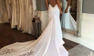 25 Beautiful Wedding Dresses with Low Backs