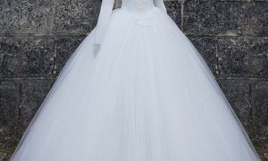 22 Inspirational Wedding Dresses with Sleeves and Lace