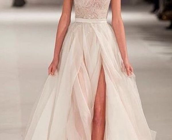 Wedding Dresses with Slits Up the Leg Luxury 10 Wedding Dresses with Slits that We Love Love Love