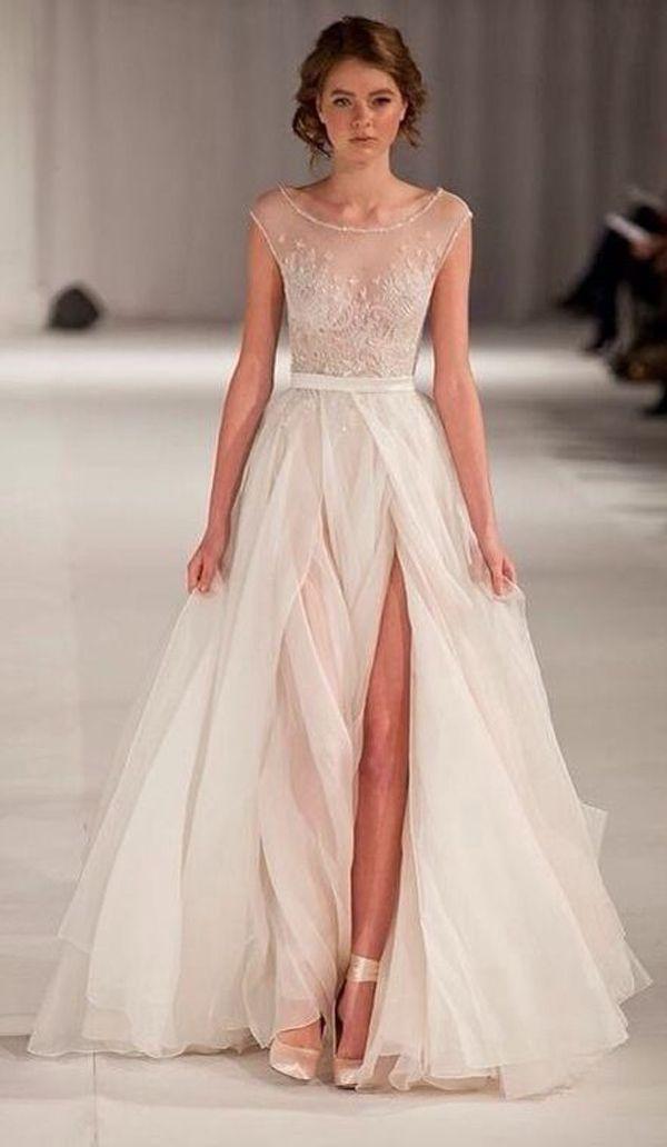 Wedding Dresses with Slits Up the Leg Luxury 10 Wedding Dresses with Slits that We Love Love Love