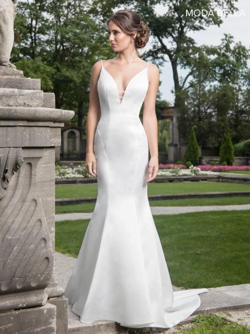 marys bridal mb2018 plunging neckline wedding gown 01 391