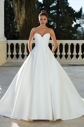 Weddings Fashion New Find Your Dream Wedding Dress