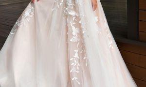 29 Awesome White Flowy Wedding Dress