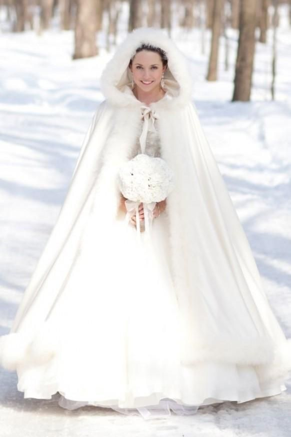 winter wonderland wedding gowns inspirational winter wedding bride i know it s kind of dorky but i love the